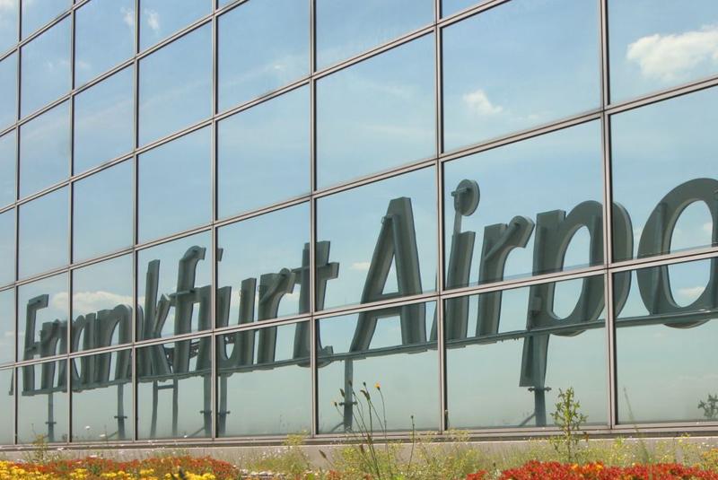 frank-Airport
