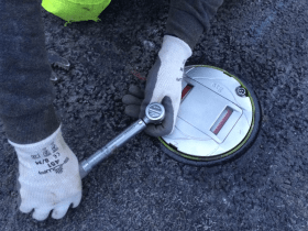 Luton-Airport-taxiway-project-light-installation