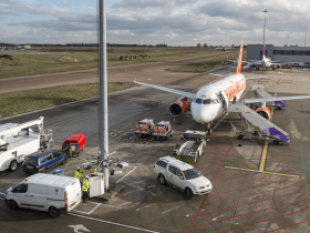 Luton-Apron-Lighting-System-Install-1