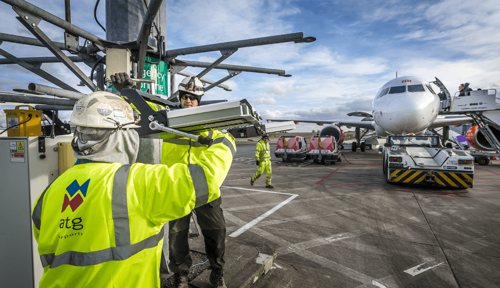 Luton-Apron-Lighting-System-Install-2
