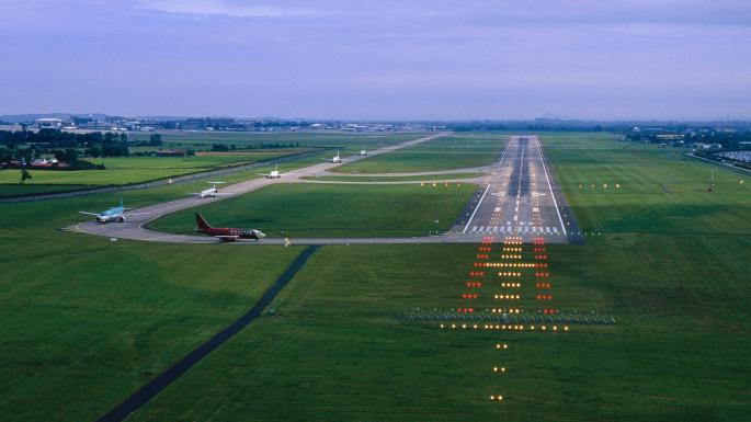 Runway_Lighting_Dublin