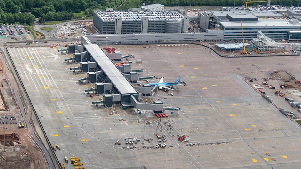Peir_1_ Manchester_Airport
